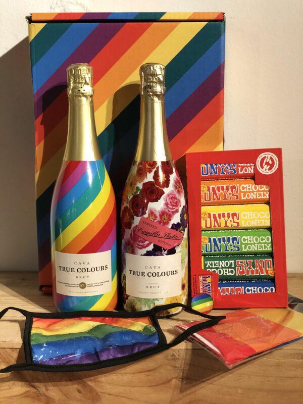 True Colours Regenboog pakket_staand